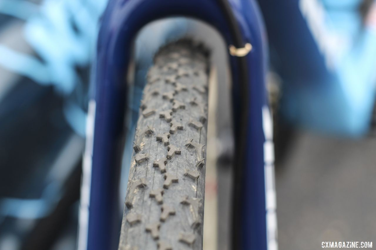 Compton frequently opts for the Challenge Baby Limus intermediate/mud tread. Katie Compton's 2019 Trek Boone. © Z. Schuster / Cyclocross Magazine