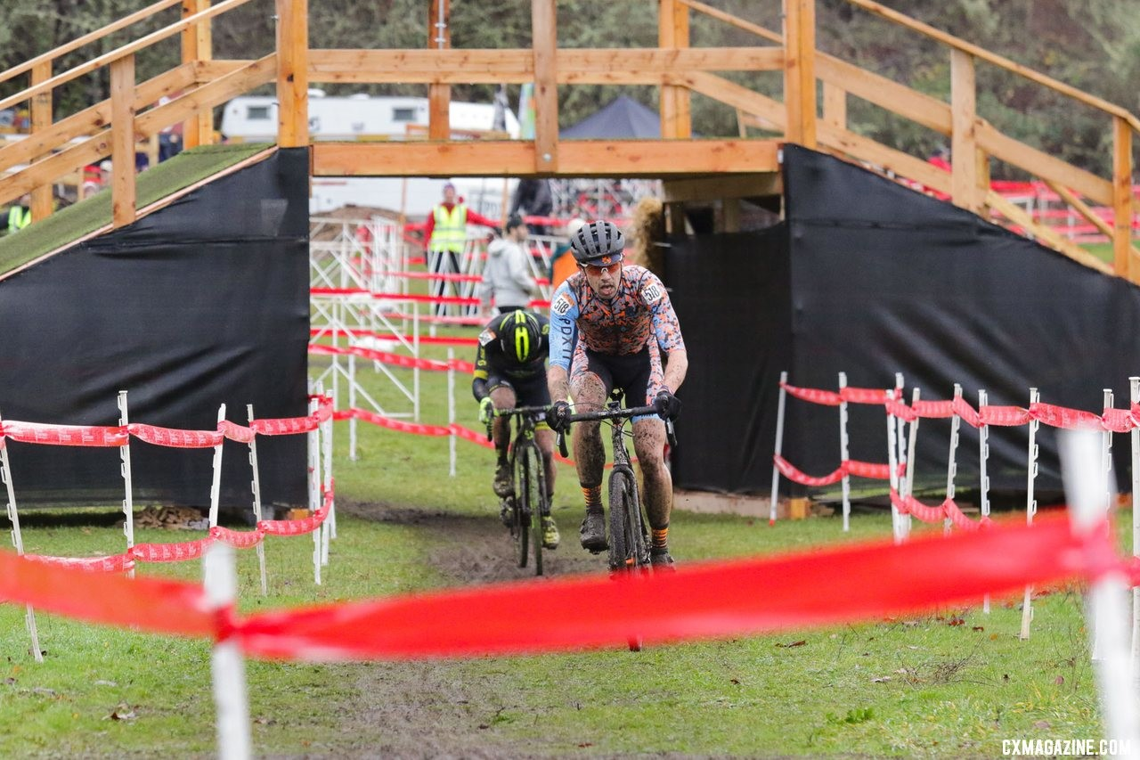 Andrew Coe leads eventual winner Caleb Thompson. Masters Men 35-39. 2019 Cyclocross National Championships, Lakewood, WA. © D. Mable / Cyclocross Magazine