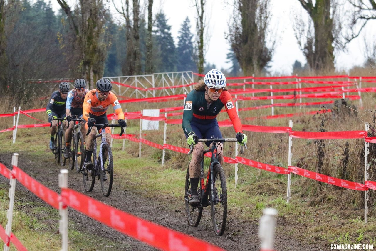 Breeze Keller works to bridge the gap to race leader Ben Guernsey. Masters Men 35-39. 2019 Cyclocross National Championships, Lakewood, WA. © D. Mable / Cyclocross Magazine