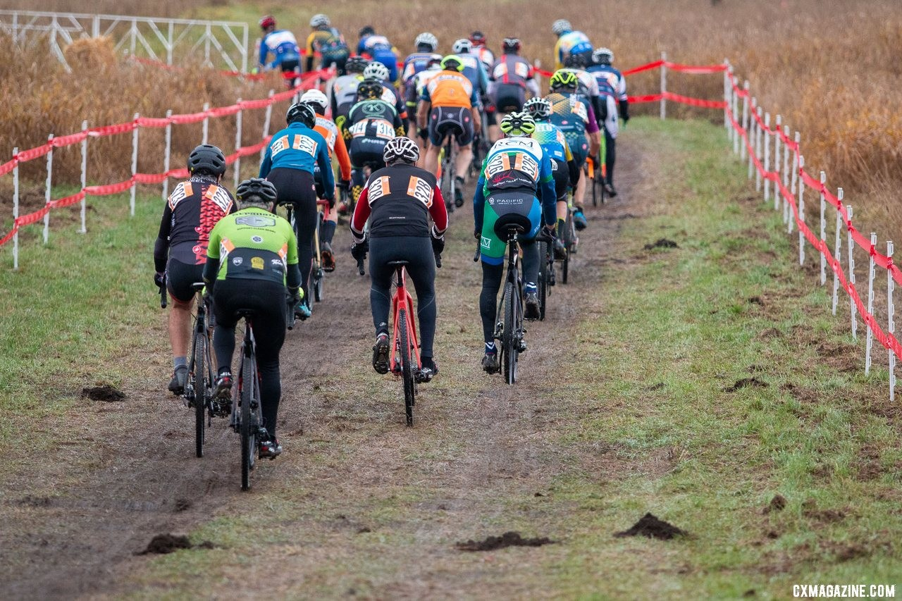 The Masters Men 65-69 racers get underway. Masters Men 65-69. 2019 Cyclocross National Championships, Lakewood, WA. © A. Yee / Cyclocross Magazine