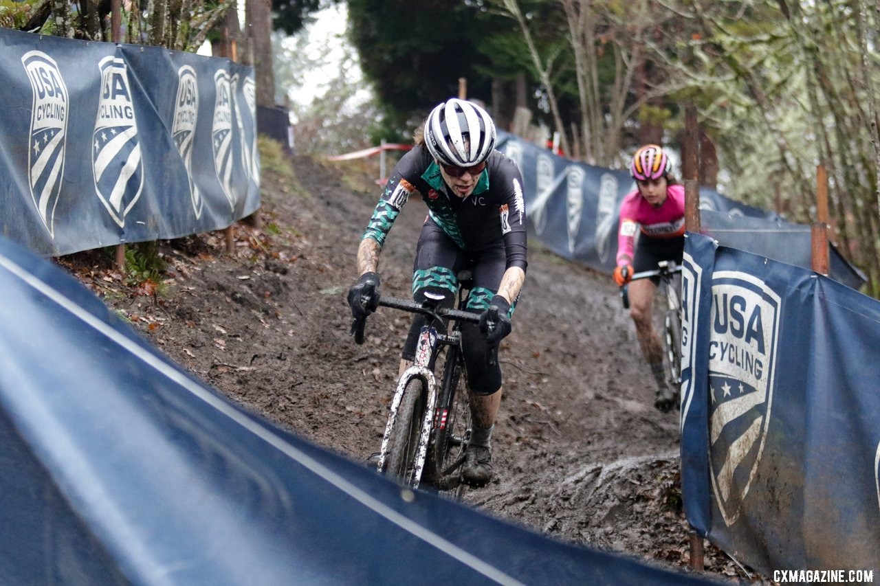 Stephanie Taplin at the front of the first tricky descent. Masters Women 30-34. 2019 Cyclocross National Championships, Lakewood, WA. © D. Mable / Cyclocross Magazine