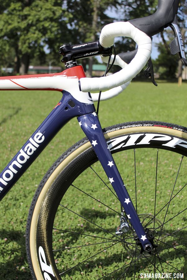 The Stars part of Stars and Stripes is represented on Hyde's fork. Stephen Hyde's 2019 Cannondale SuperX. © Z. Schuster / Cyclocross Magazine