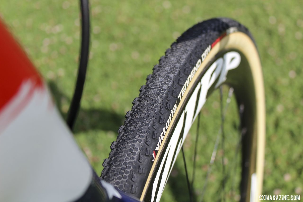 The Vittoria Terreno Dry has a fish-scale like tread. Stephen Hyde's 2019 Cannondale SuperX. © Z. Schuster / Cyclocross Magazine