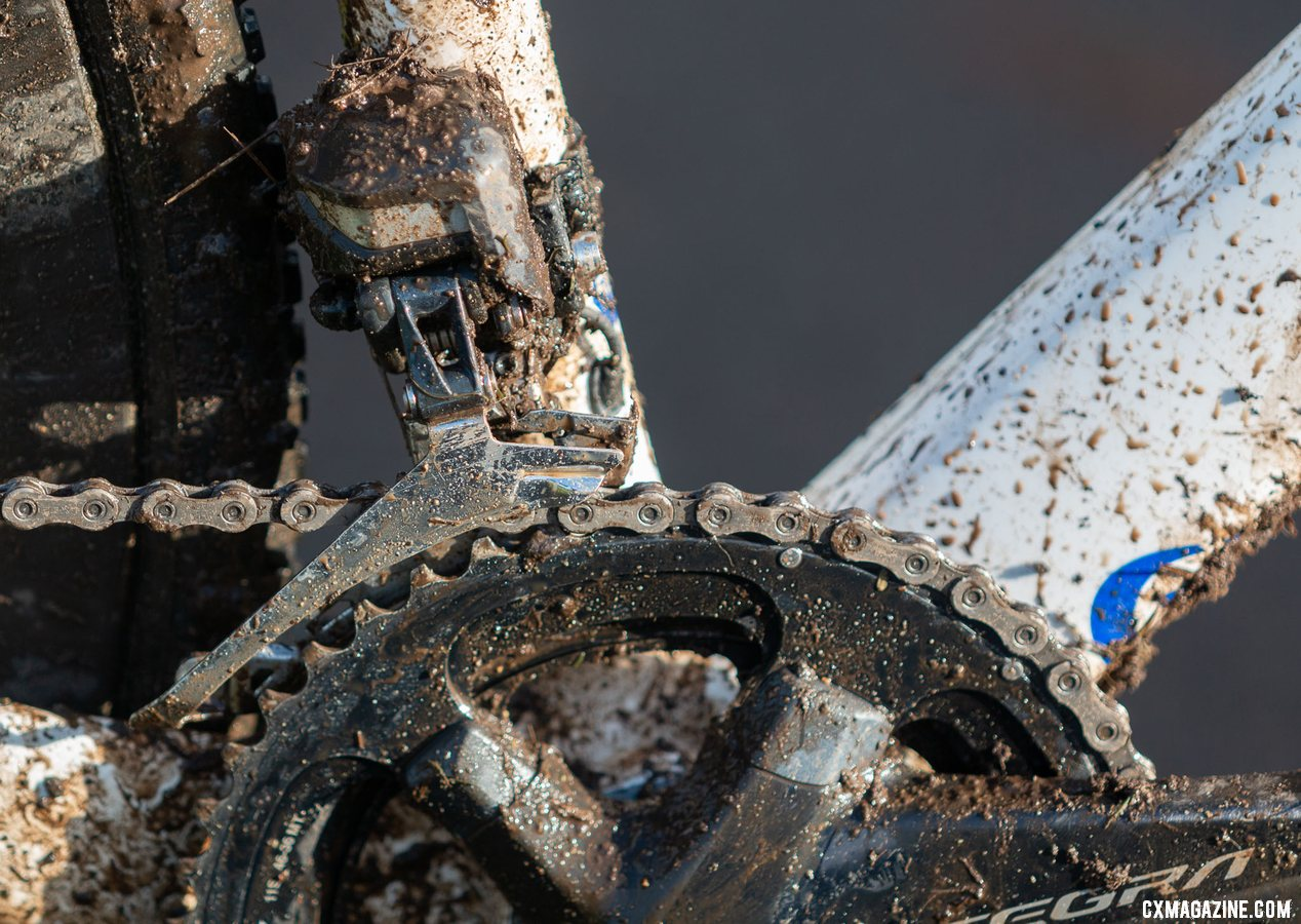Brunner shifted up front with an Ultegra R8070 Di 2 front derailleur. Eric Brunner's 2019 U23 National Championships Blue Norcross Team Edition. © A. Yee / Cyclocross Magazine