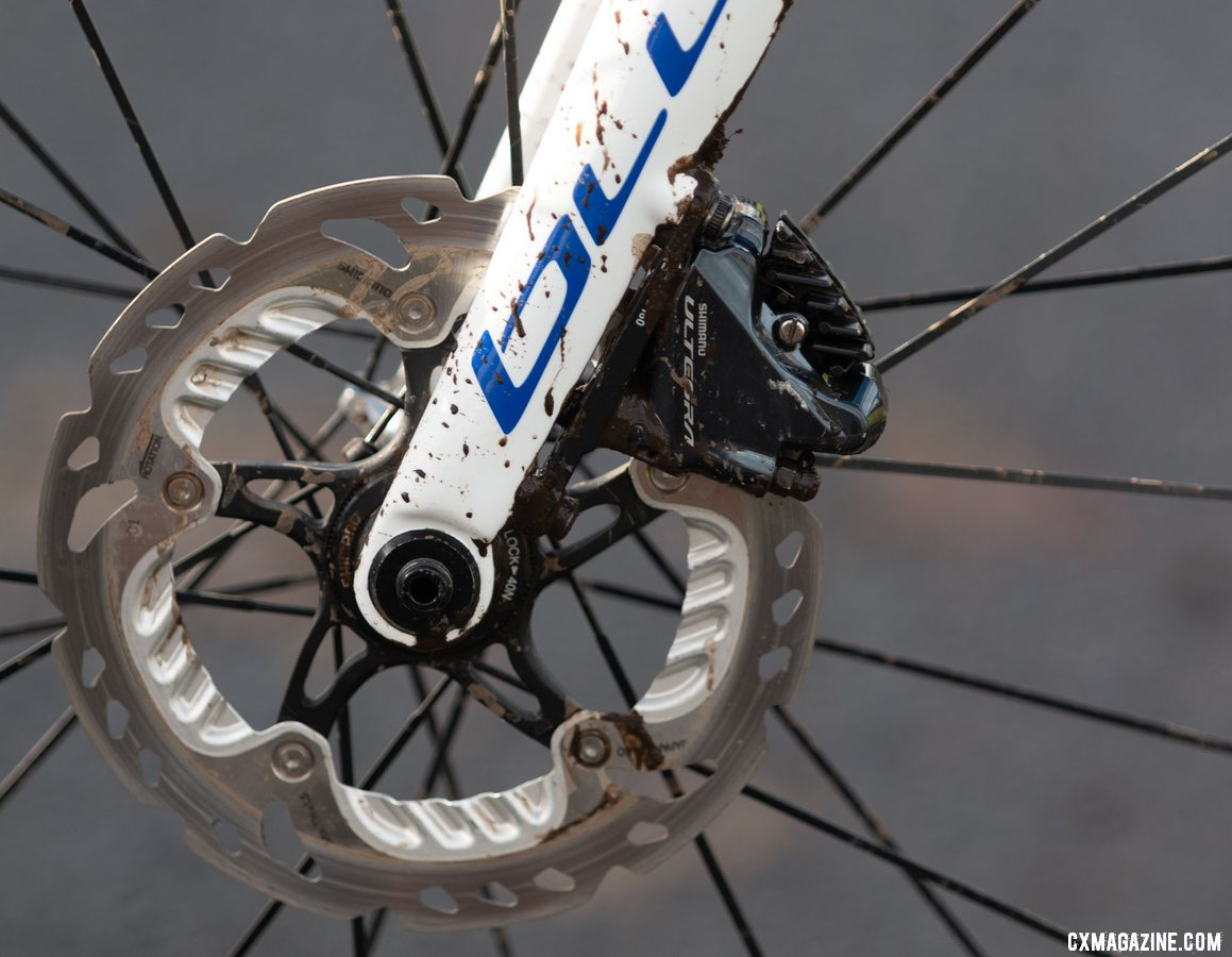The Norcross Team Edition has a flat mount on the fork. Brunner ran an Ultegra R8070 caliper on it. Eric Brunner's 2019 U23 National Championships Blue Norcross Team Edition. © A. Yee / Cyclocross Magazine