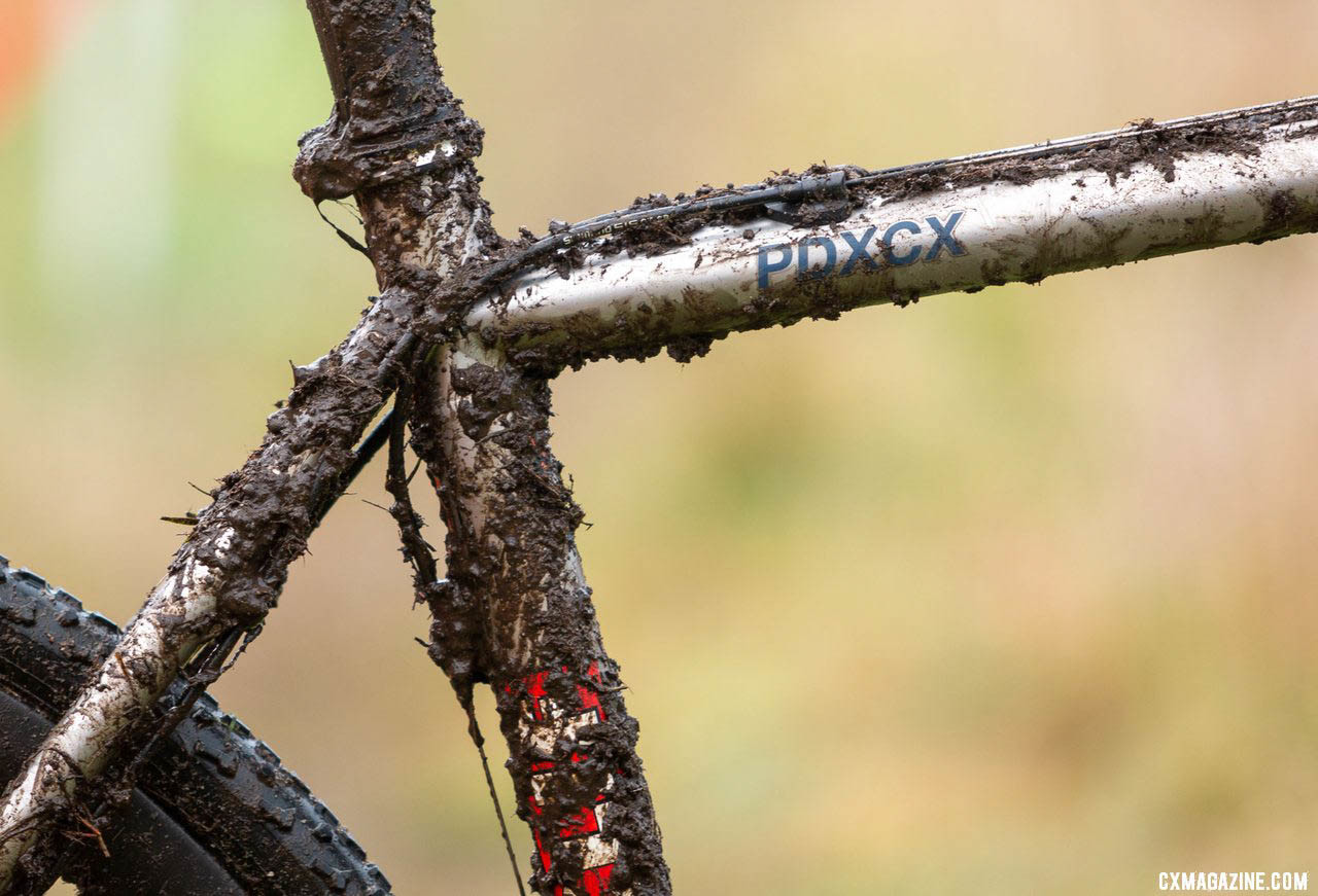 A patented, modular cable routing system helps keep things clean and tidy on the Sage PDXCX. Jack Spranger's Jr 15-16 winning Sage PDXCX cyclocross bike. 2019 Cyclocross National Championships, Lakewood, WA. © A. Yee / Cyclocross Magazine