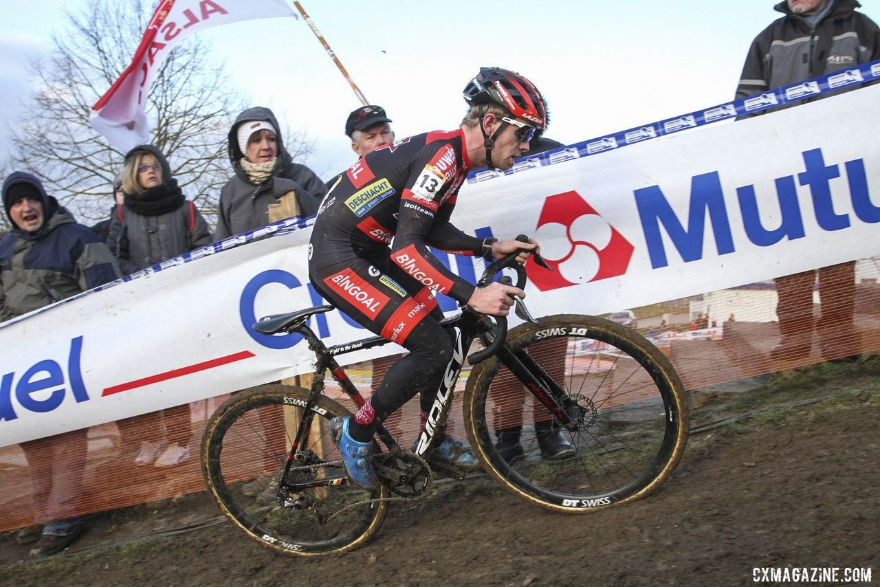 Eli Iserbyt had to chase back on Sunday if he wanted to win. 2020 World Cup Nommay. © B. Hazen / Cyclocross Magazine