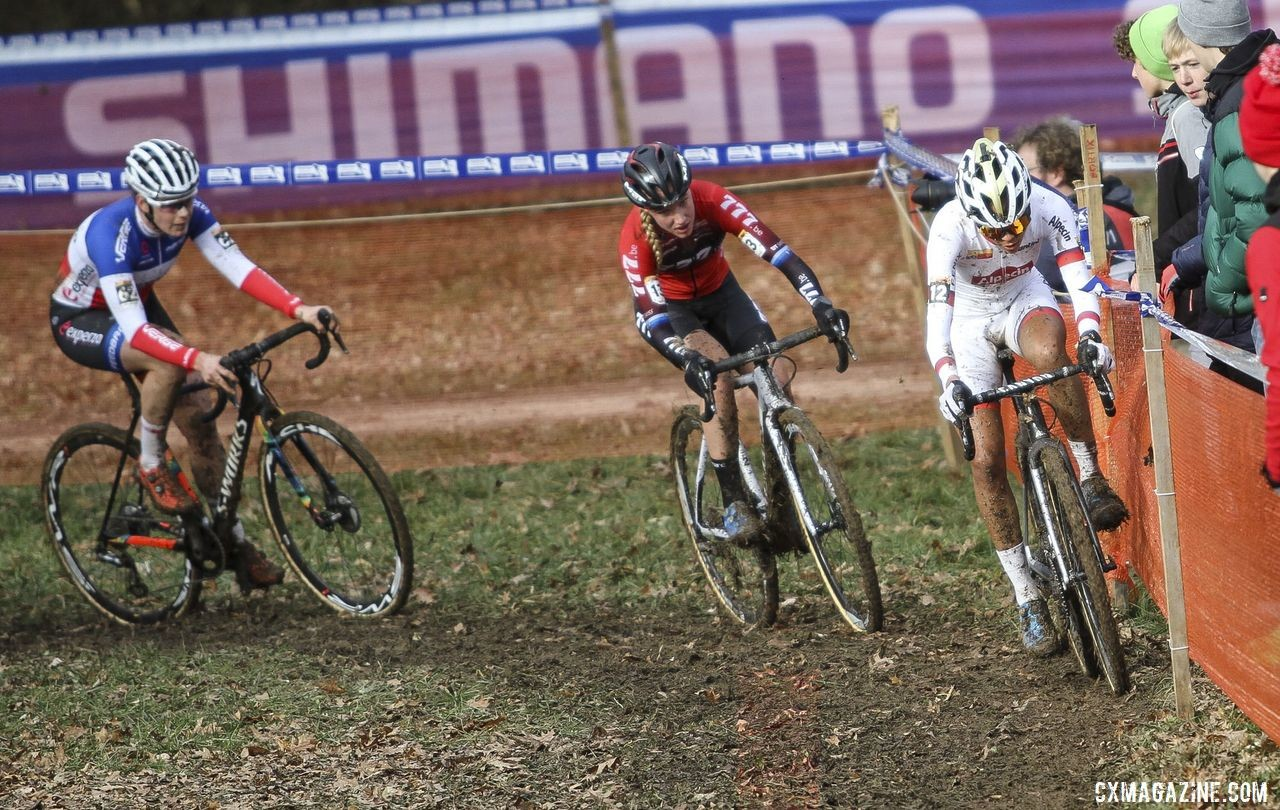 French rider Marion Norbert Riberolle got off to a fast start. 2020 World Cup Nommay. © B. Hazen / Cyclocross Magazine