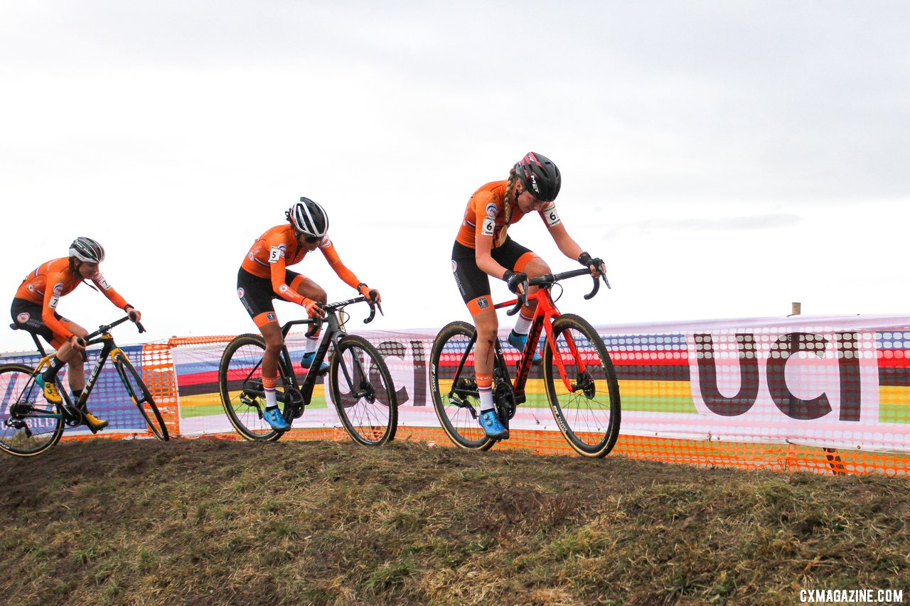 The Dutch continued their domination in the Elite Women's race. 2020 UCI Cyclocross World Championships, Dübendorf, Switzerland. © B. Hazen / Cyclocross Magazine