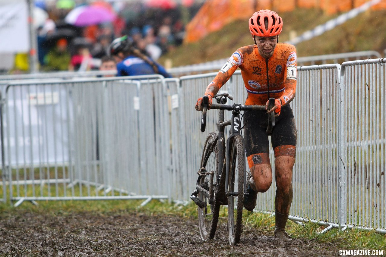 Defending champ Inge van der Heijden ran many of the course's descents and muddy sections but couldn't repeat her 2019 win. U23 Women, 2020 UCI Cyclocross World Championships, Dübendorf, Switzerland. © B. Hazen / Cyclocross Magazine