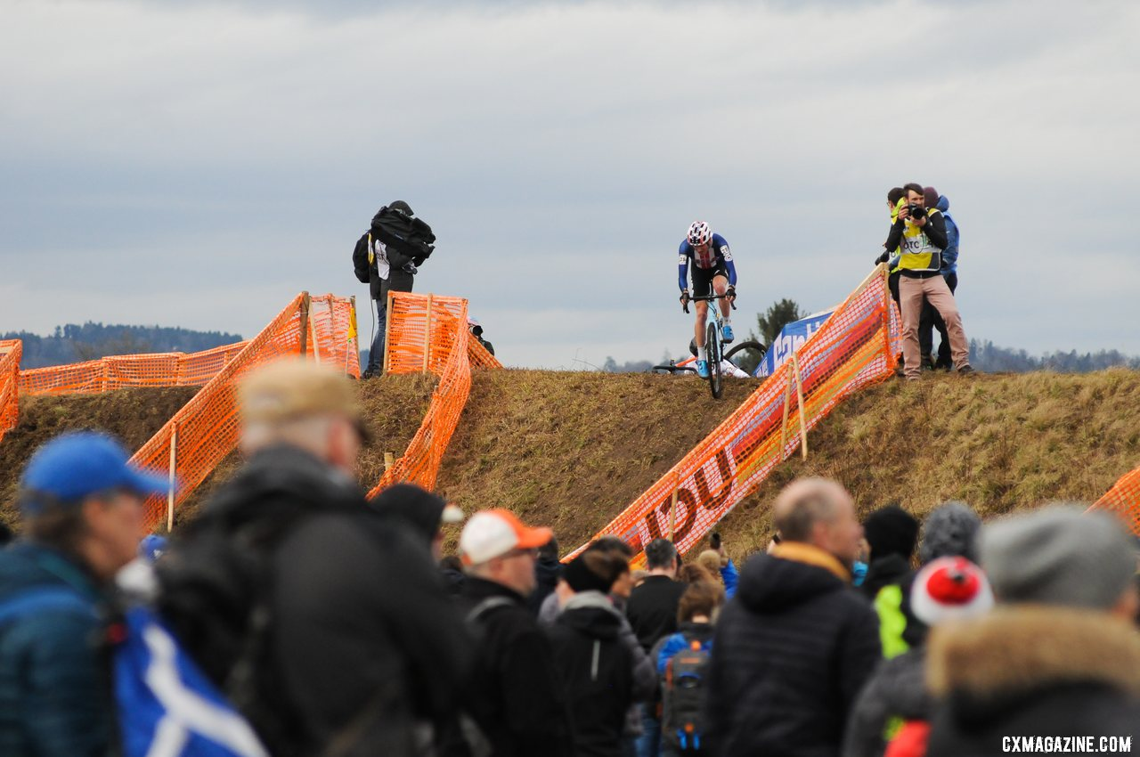 Gage Hecht returned to U23 racing at Worlds, and finished 16th. Team USA. U23 Men. 2020 UCI Cyclocross World Championships, Dübendorf, Switzerland. © D. Steinle / Cyclocross Magazine