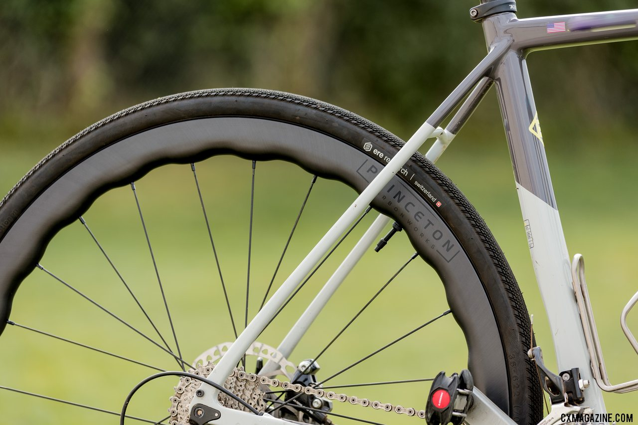 The Princeton Carbonworks Grit 4540 adds flare, cuts wind. © C. Lee / Cyclocross Magazine