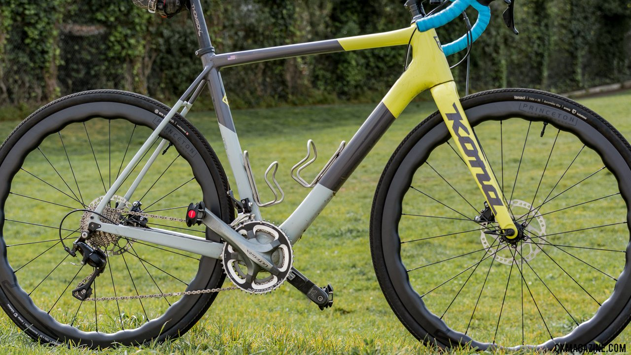 The Princeton Carbonworks Grit 4540 adds flare to your ride. © C. Lee / Cyclocross Magazine