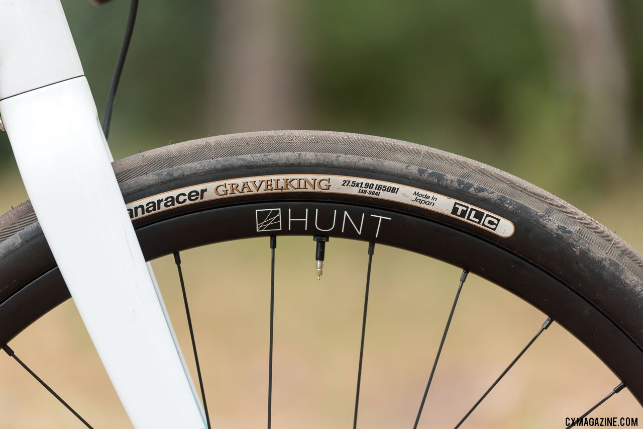 650b GravelKing tires on the Hunt 650b model. © C. Lee / Cyclocross Magazine