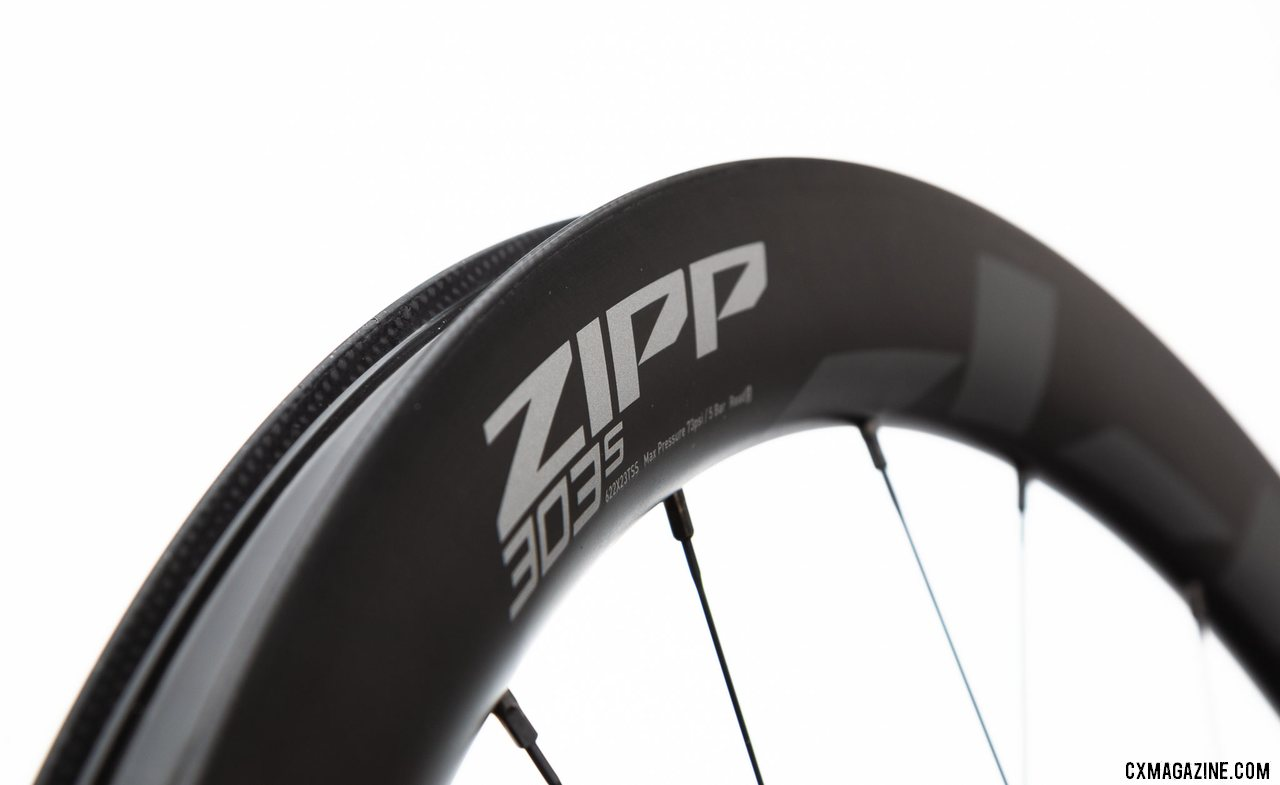 The new Zipp 303 S carbon disc brake tubeless wheel replaces the 302 and brings the 303 line into lower price points. 23mm wide, ready for gravel, cyclocross or 28mm road tires. © Cyclocross Magazine
