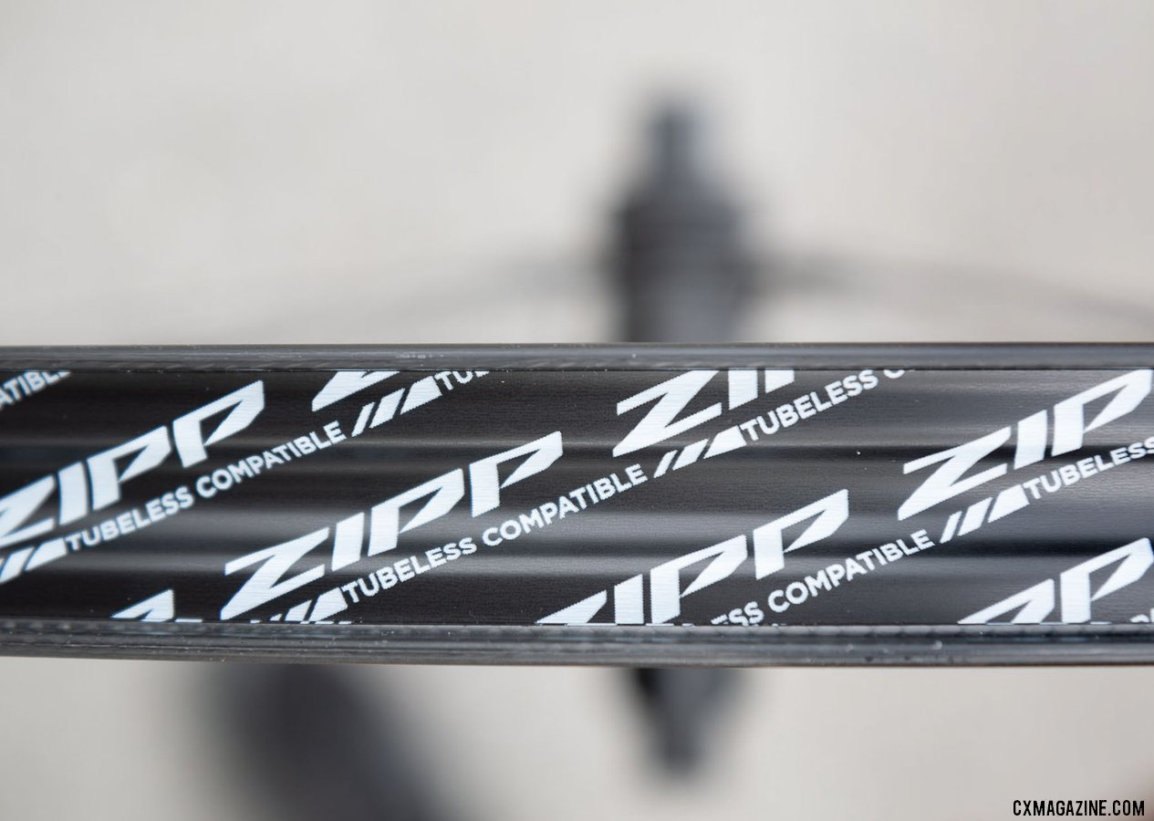 The new Zipp 303 S carbon disc brake tubeless wheel comes pre-taped and has a bead-retaining shelf. © Cyclocross Magazine