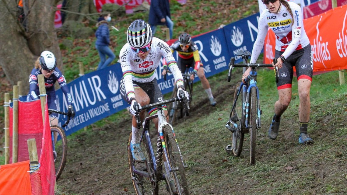 Alvarado finished off the podium despite a strong start. 2020 Namur UCI Cyclocross World Cup Women. © Cyclocross Magazine