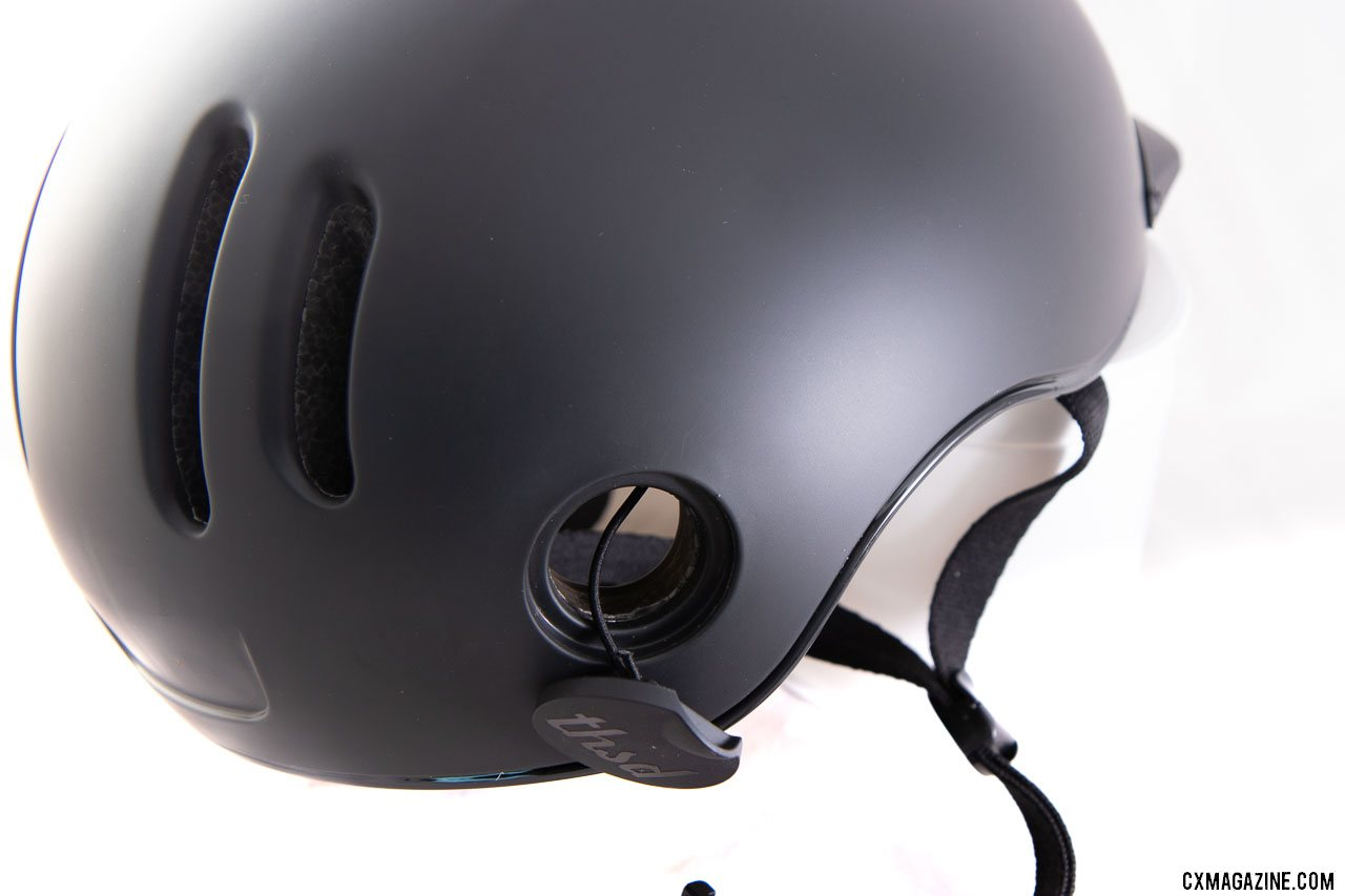 Thousand's Chapter MIPS cycling helmet has a handy lock port. © Cyclocross Magazine