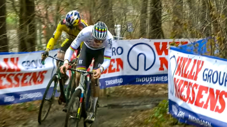 Mathieu van der Poel takes on Wout van Aert at the 2020 X2O trofee stop in Herentals.