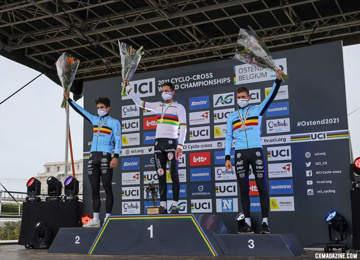 Van der Poel wins the race to a fourth Worlds title. Van Aert and Aerts secured silver and bronze, respectively. Elite Men, 2021 Cyclocross World Championships, Ostend, Belgium. © Alain Vandepontseele / Cyclocross Magazine