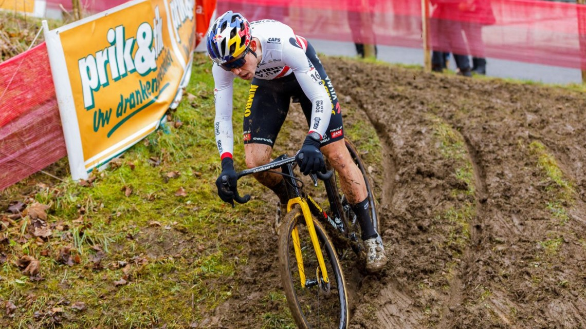 Wout van Aert slid to race and series victory at the 2021 UCI Overijse Cyclocross World Cup. © Alain Vandeponteseele / Cyclocross Magazine