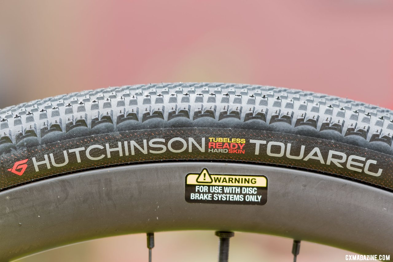Hutchinson Touareg is available in several widths both 700C and 650B.