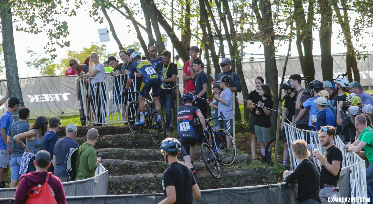 Soete rides while Aerts runs at the stairs. 2021 Trek CX Cup, Elite Men. © D. Mable / Cyclocross Magazine