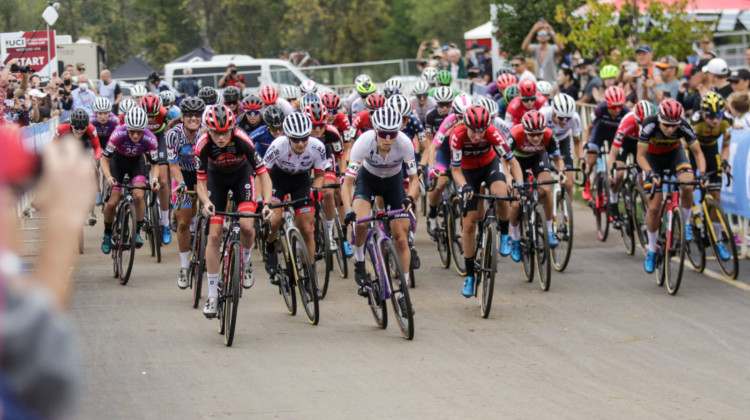 The furious start of the 2021 UCI Cyclocross World Cup Waterloo, Elite Women's race. © D. Mable / Cyclocross Magazine