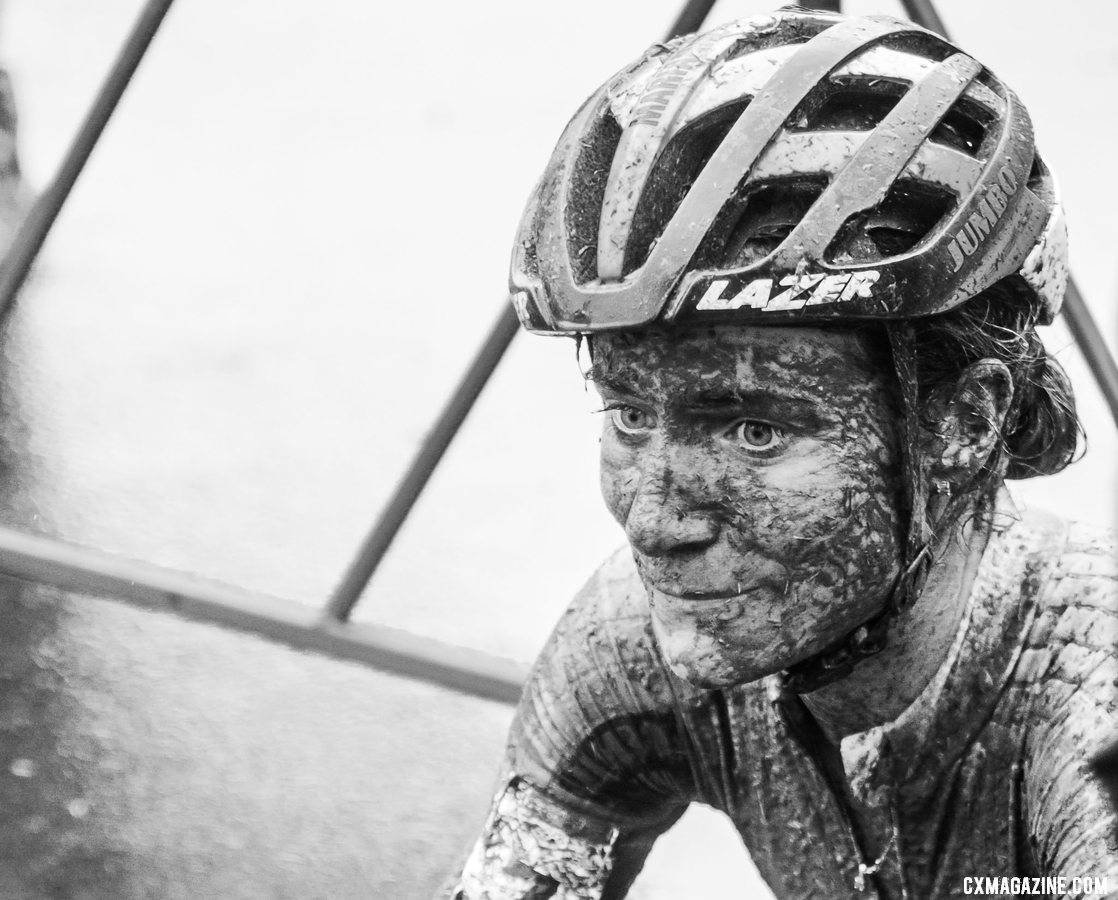 Marianne Vos wonders what could have been without her last lap mistake. 2021 UCI Cyclocross World Cup Fayetteville, Elite Women. © D. Mable / Cyclocross Magazine